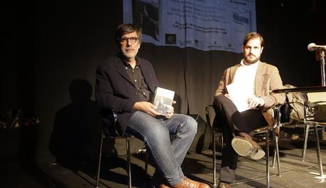 Presentació dels llibres guanyadors dels Premis Literaris de Lleida 2017, al Cafè del Teatre.