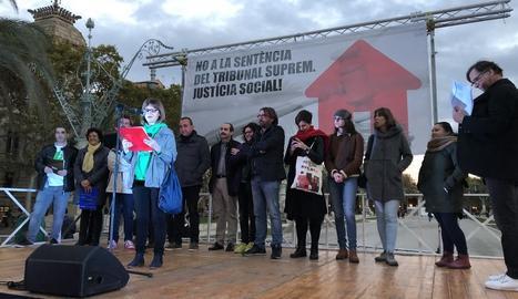Acte de protesta per la sentència del Suprem davant del Tribunal Superior de Justícia de Catalunya, ahir.