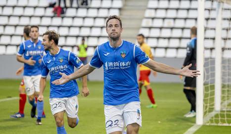El Lleida guanya l'Alcoià (2-0) i se situa a un punt del primer