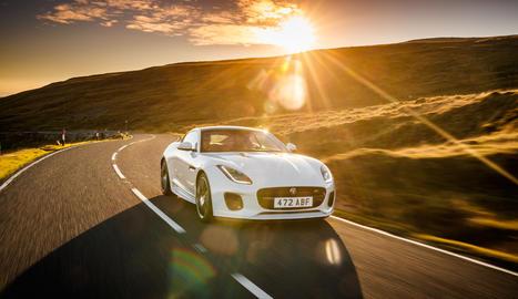 Els F-TYPE Cupè i Convertible edició Chequered Flag celebren els setanta anys dels esportius Jaguar.