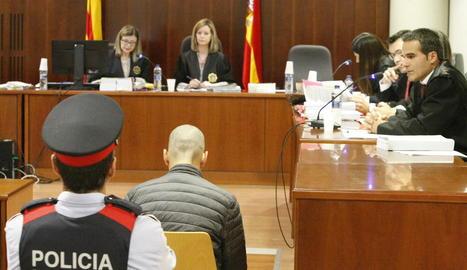 Josep Sopena Guasch, ahir al banc dels acusats de l'Audiència de Lleida en un judici amb jurat popular.