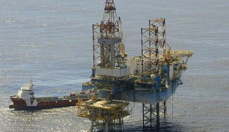 Fotografia de la plataforma del magatzem subterrani de gas natural del Projecte Castor, situat a 22 quilòmetres de la costa de Vinaròs.