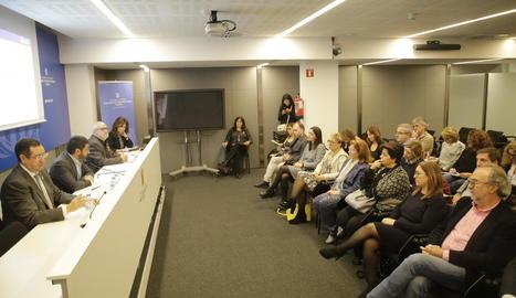 El conseller Chakir el Homrani va presidir ahir la presentació de les noves actuacions en serveis socials a Lleida.