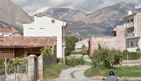 El carrer Enric Granados d'Oliana, que ara s'asfaltarà.