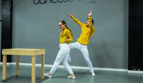 classe . Un moment de la classe de la Sandra Egido i la Carla Cervantes a Lleida.