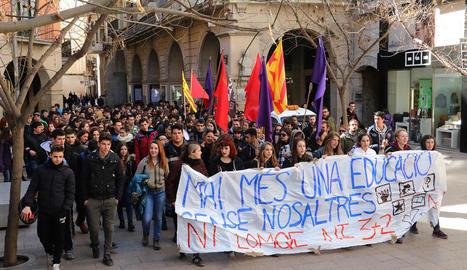 Imatge d'una protesta d'estudiants en contra de la Lomce.