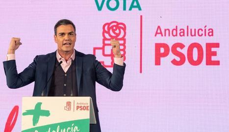 El president Pedro Sánchez va donar suport a Díaz a Cadis.
