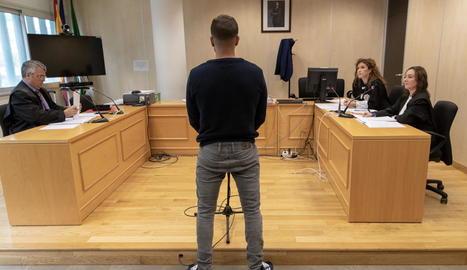 Ángel Boza, ahir durant el judici per robatori.