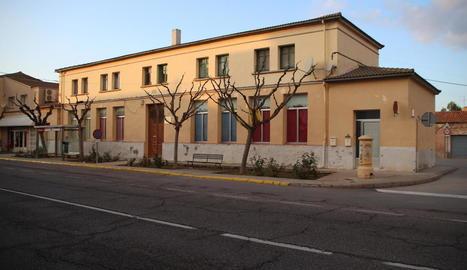 L'edifici de les antigues escoles.