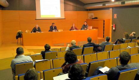La presentació del nou reglament, a la sala Jaume Magre.