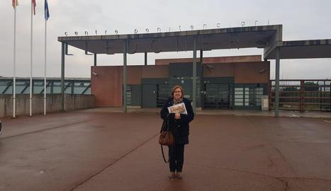 La presidenta de la Diputació de Lleida visita els presos de Lledoners