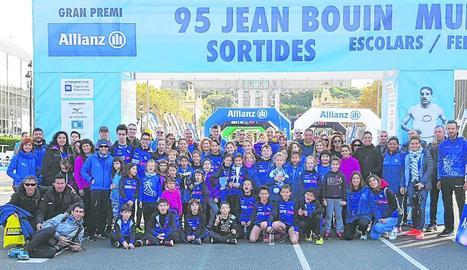Representació de l'AE Xafatolls que va participar ahir a la mítica Jean Bouin de Barcelona.