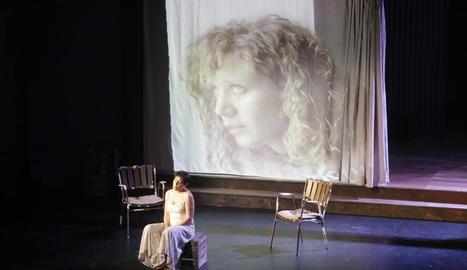 Emma Vilarasau, a la Llotja amb 'La resposta'