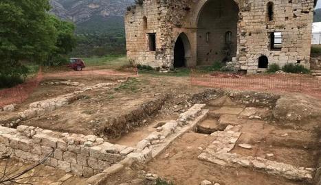 Les restes arqueològiques que han quedat al descobert en els últims treballs dels tècnics.