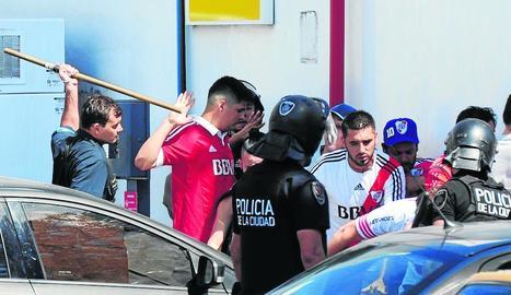 Gerard Piqué, ahir a l'arribar a la Ciutat de la Justícia a l'Hospitalet.