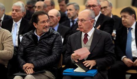 L'expresident de Bankia, Rodrigo Rato (dreta), ahir, a l'Audiència Nacional.