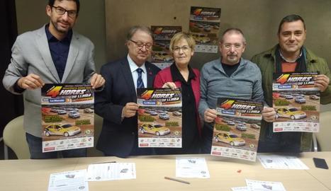 Joan Segura, Paco Cerdà, Montse Parra, Francesc Abella i Miquel Rosell, ahir a la presentació.
