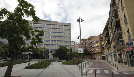 Imatge d'arxiu de l'exterior de l'edifici de la seu de l'Agència Tributària a Lleida.