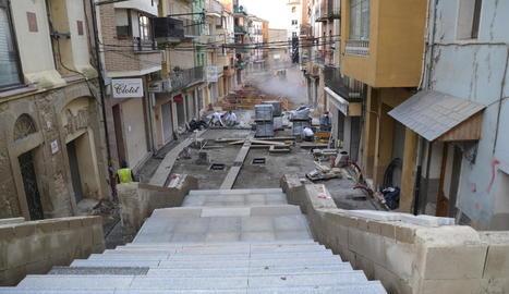 Imatge presa ahir del carrer Bisbe Bernaus en obres.