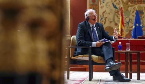 Borrell, dilluns, mentre efectuava les polèmiques declaracions.