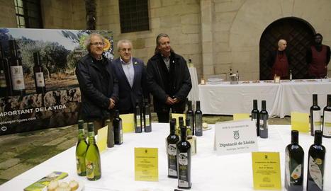 Més de 400 persones van gaudir de degustacions gratuïtes de l'oli de la DOP les Garrigues.