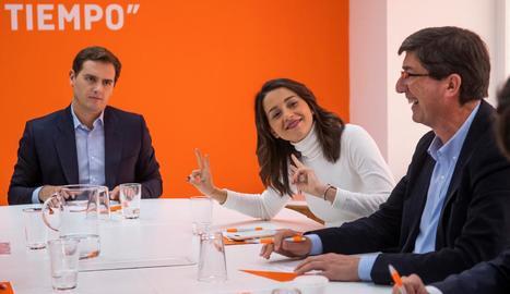 Susana Díaz contactarà amb els partits per formar govern.