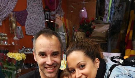 En Ferran amb la seua dona, Anna, i la seua filla Paula.