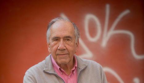 """Joan Margarit: """"Un dels drames del poeta és que mai no saps del cert si allò que escrius està bé"""""""