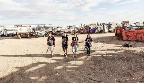 El grup El Único Problema, un quartet juvenil de Fraga.