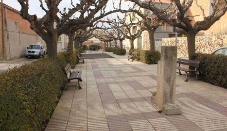 La plaça 1 d'Octubre, anteriorment plaça Espanya.