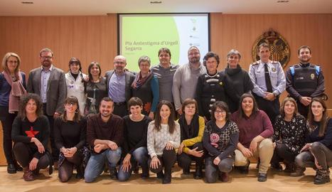 Membres de la Taula de Salut Mental de l'Urgell i la Segarra.