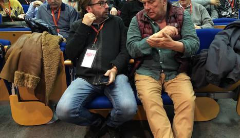 El secretari general d'UGT a Catalunya, Camil Ros (e), ahir, al Comitè Territorial de Lleida.