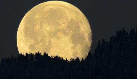 La sonda xinesa haurà d'explorar la cara oculta de la Lluna.