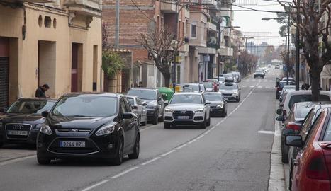 Imatge actual de l'avinguda Jaume Mestres, una via molt freqüentada.