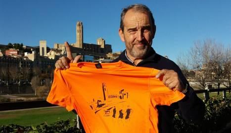 Josep Maria Batlle, amb la samarreta de la 38a Pujada a la Seu Vella