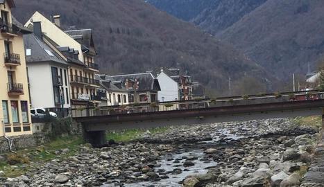 Estat de la Garona al seu pas per Bossòst aquesta setmana.