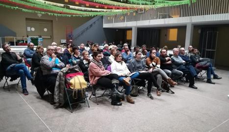 Els assistents a la jornada sobre turisme rural a Bovera.