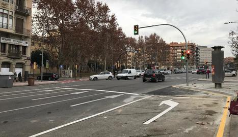 Ja es pot girar a l'esquerra des de rambla d'Aragó cap a Universitat