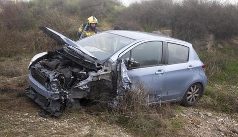 Imatge d'un dels cotxes després del sinistre a Claravalls.