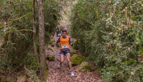 Moment de la sortida, amb Xavier Alet (145), guanyador dels 5 km.