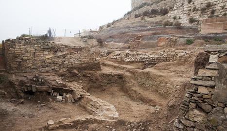 Els treballs han definit l'antic perímetre del castell.