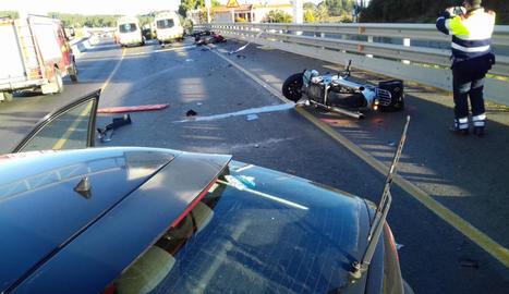 Pla general del lloc de l'accident a Vilademuls en el qual van resultar ferits tres motoristes.