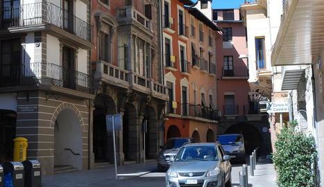 Imatge d'arxiu del carrer Major de la Seu d'Urgell.