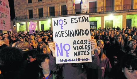 Imatge d'una concentració el 20 de desembre passat contra la violència masclista a Zamora.