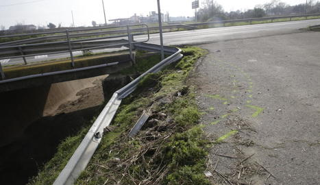 Vista del lloc de l'accident mortal ocorregut ahir al municipi de Vallfogona de Balaguer.