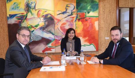 Mariano Soriano, María José Rienda i Gerard Figueras, ahir durant la reunió al CSD.