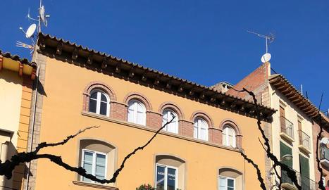 L'edifici que l'ajuntament de Fraga està remodelant.