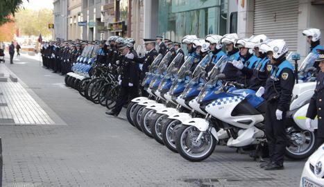 Motoristes de la Guàrdia Urbana de Lleida durna