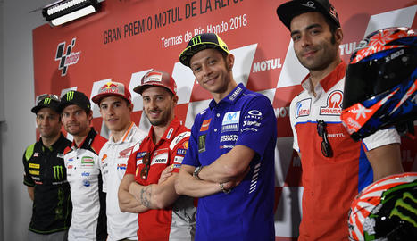 Rossi, a la dreta.