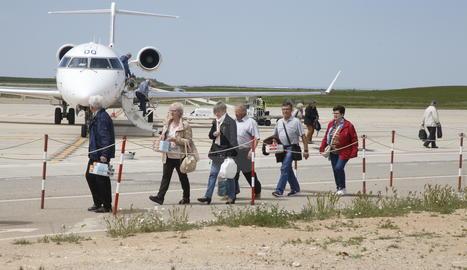 Viatgers a l'aeroport d'Alguaire
